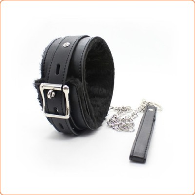 Wholesale Locking Collar with Steel/Leather Chain