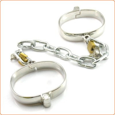 Wholesale Unisex Luxury Dungeon Irons Cuffs With Chain