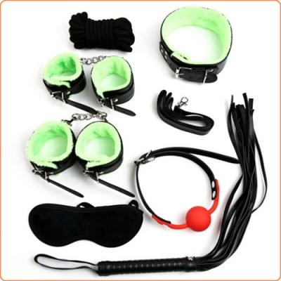 Wholesale Green Fur Lined Bondage Kit - 7 Pcs