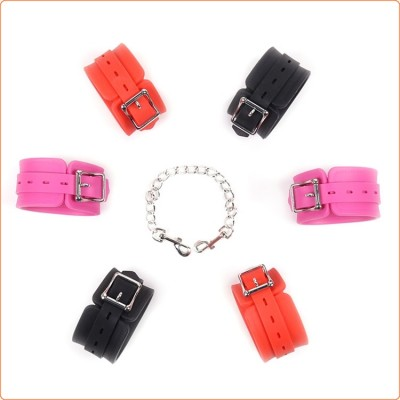 Wholesale Locking-able Silicone Wrist Cuffs